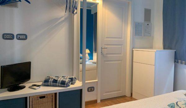 wh-sea-room-olbia (5)