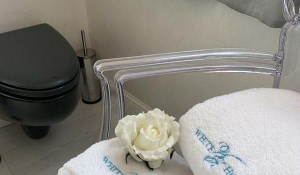 wh-suite-olbia-bagno-privato (4)